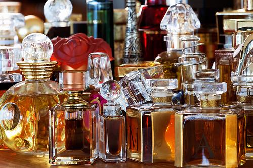 How-to-Keep-Perfume-Fresh2