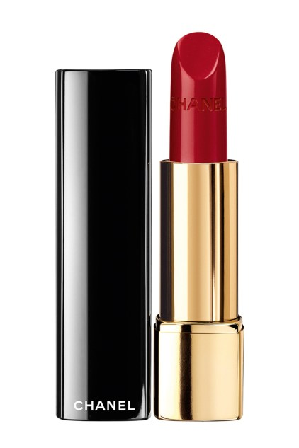 red-lipstick-chanel-Rouge-Allure-in-Pirate-vogue-28nov13-pr