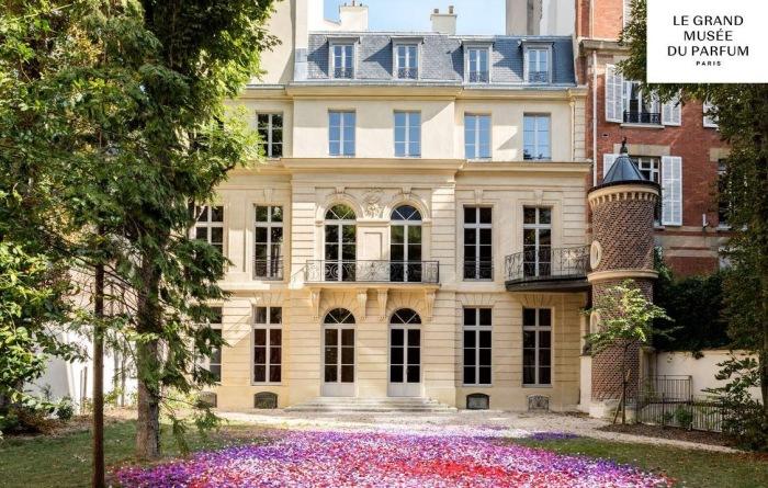 Le Grand Musée du Parfum, Paris