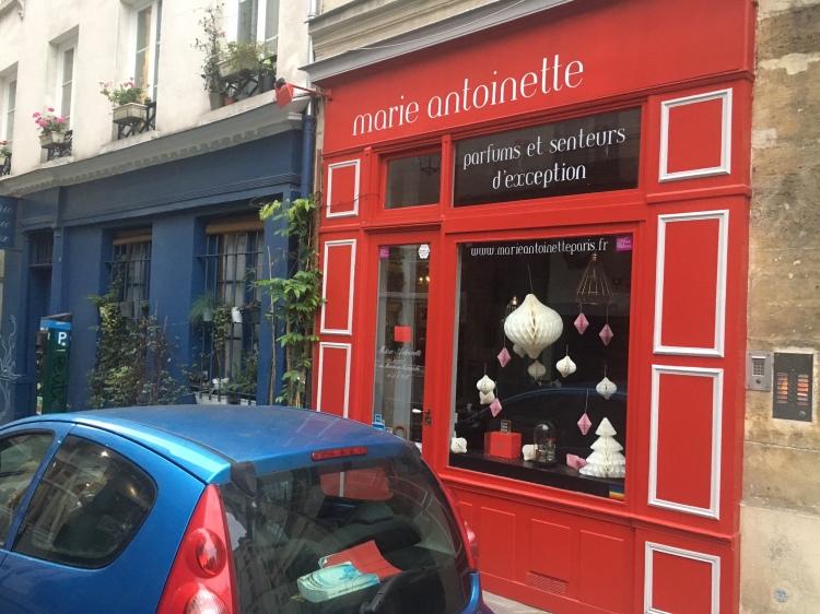 Marie Antoinette, Paris